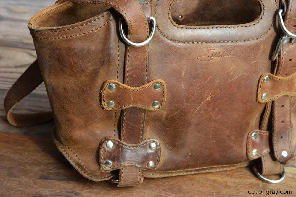 tobacco brown saddleback leather purse
